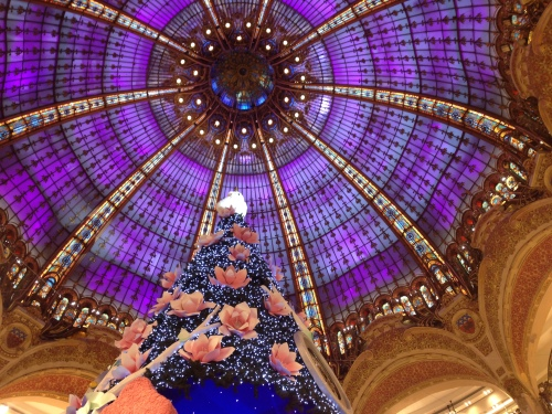 paris-at-christmastime